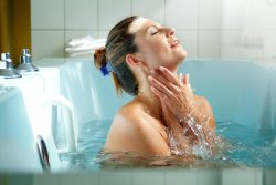 Лечение миомы матки при помощи радоновых ванн