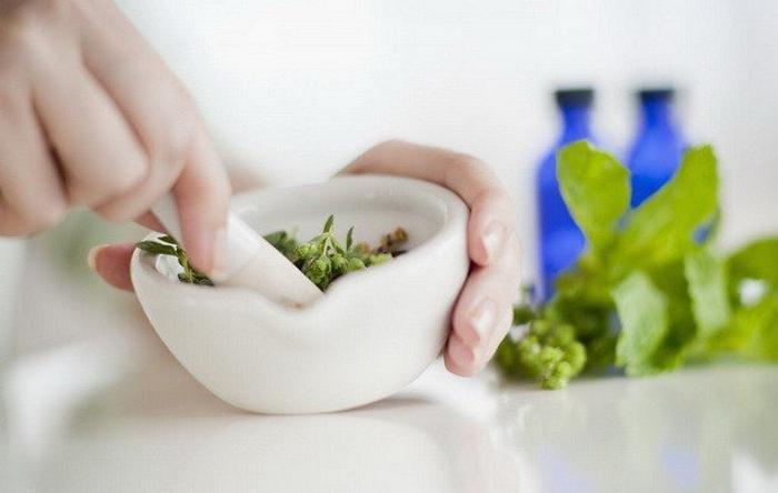 Чистотел при эндометриозе - лечение (спринцевание, рецепты)