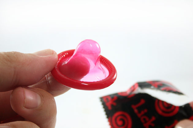 Презервативы для продления полового акта