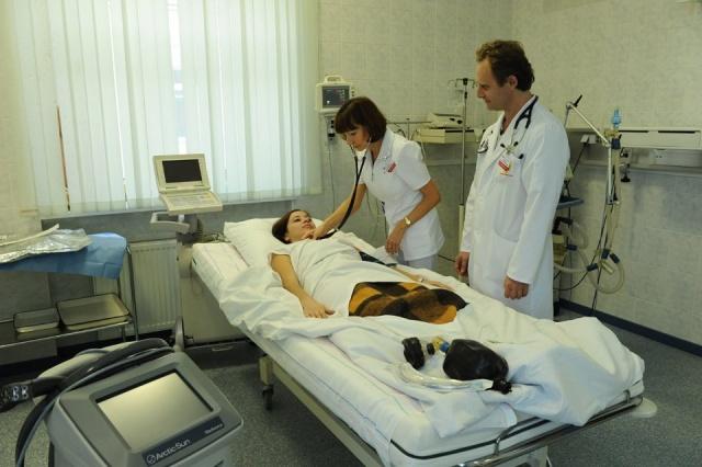 Спайки в матке: причины, симптомы и лечение